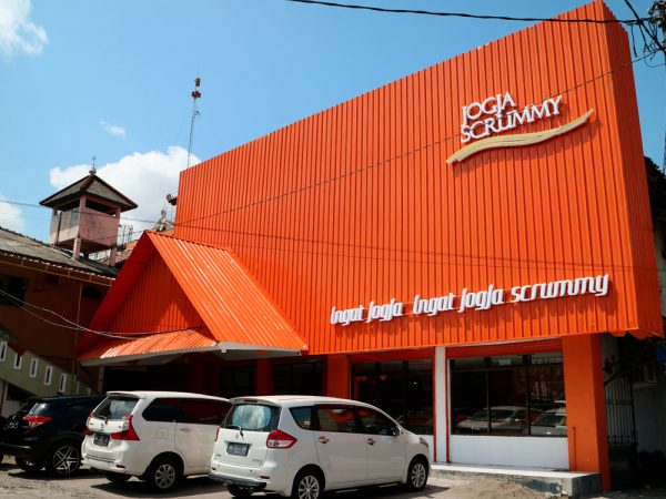 outlet-adisucipto